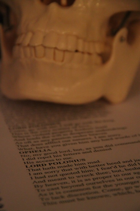 Skull with Hamlet Script